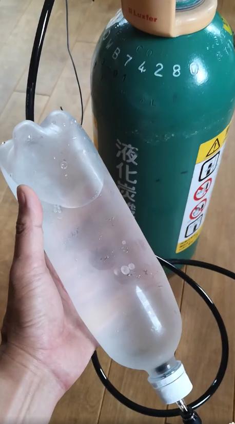 ミドリボンベで炭酸水生活
